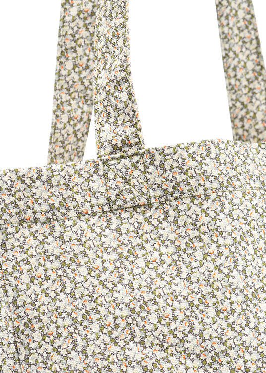 tote lou image number 2