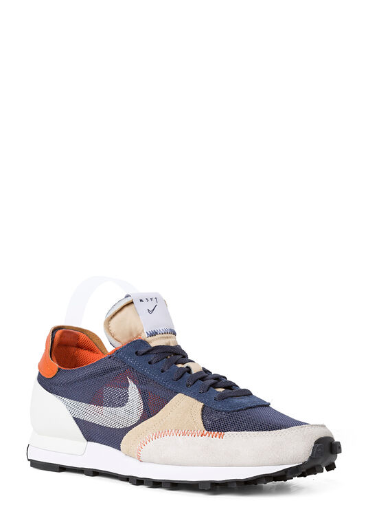 Nike 70's Type image number 1