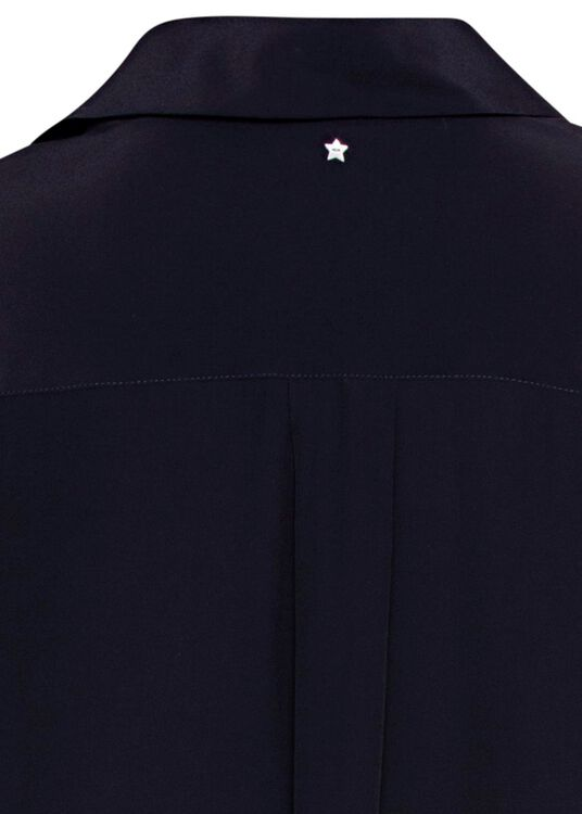 Shirt image number 3