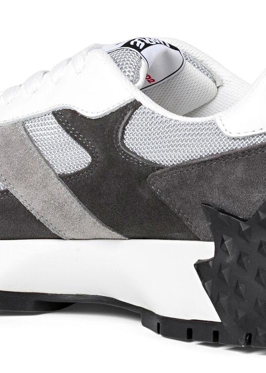 Leaf Back Sole Sneaker image number 3