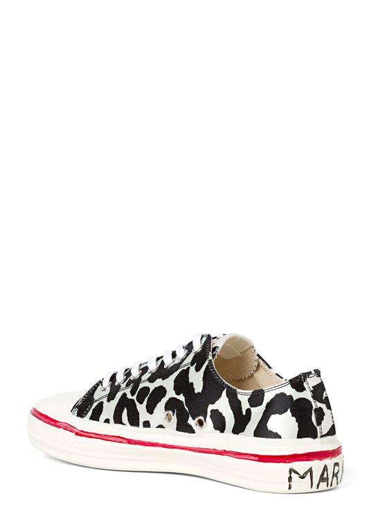 Low Top Sneaker Zebra Print image number 2