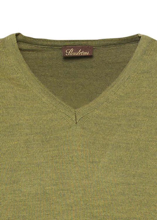 V-neck w. patch, Merino wool, Grün, large image number 2