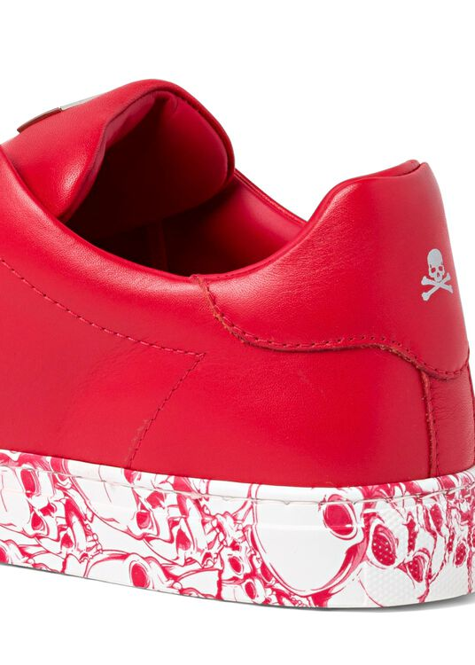 Lo-Top Sneakers hexagon and Skull image number 3