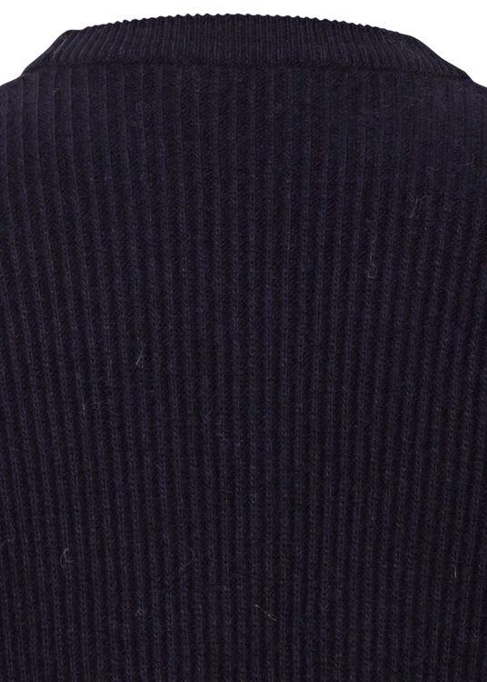 knitted jumper image number 3