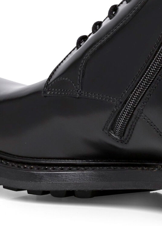 BOOT image number 3