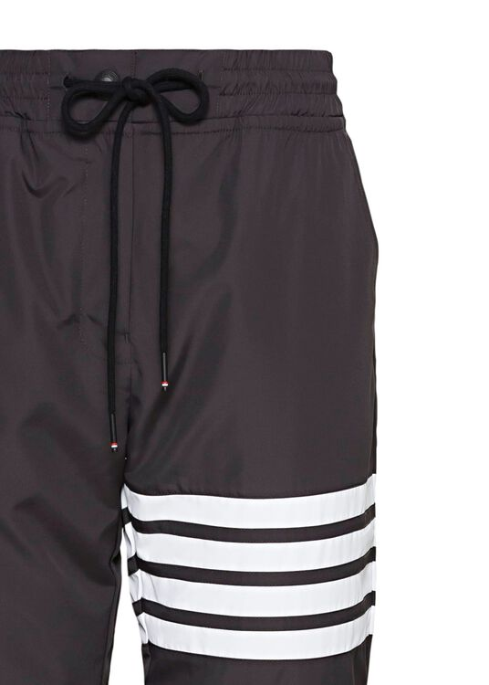TRACK PANTS W/ 4 BAR IN FLYWEIGHT TECH, Schwarz, large image number 2