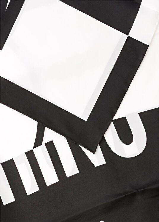 Tuch Logo Color Blocking 90x90 image number 1