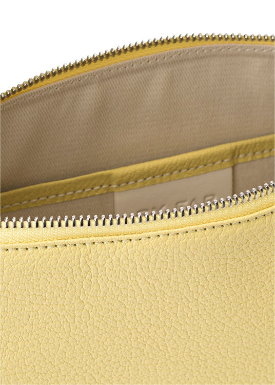 Mechi Vanilla Grained Leather image number 3