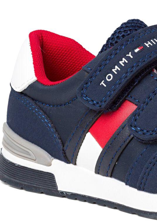 Low Cut Velcro Sneaker image number 3