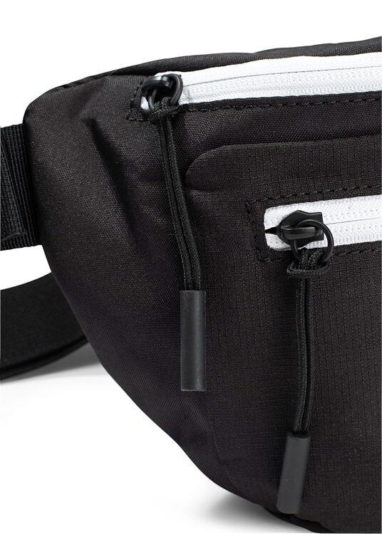 MAN'S SLING BAG image number 2