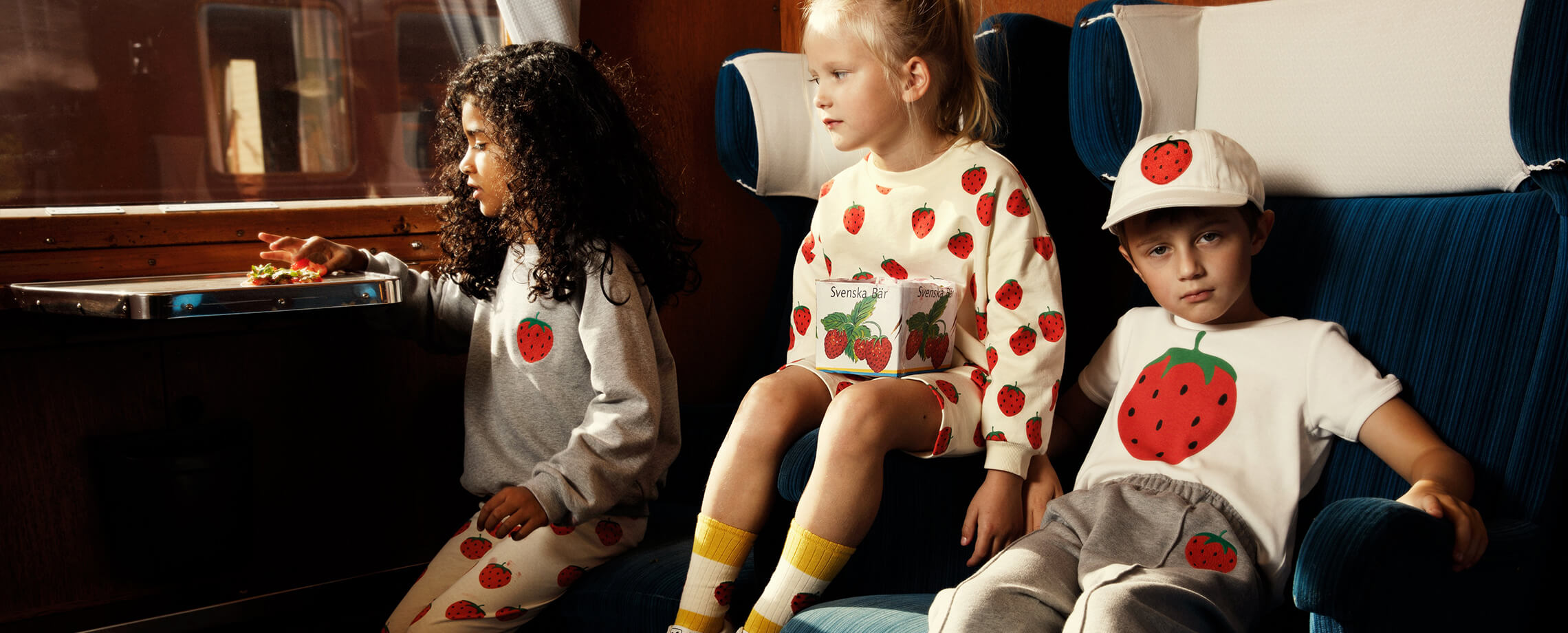 Sweatshirts und Hosen für Kids
