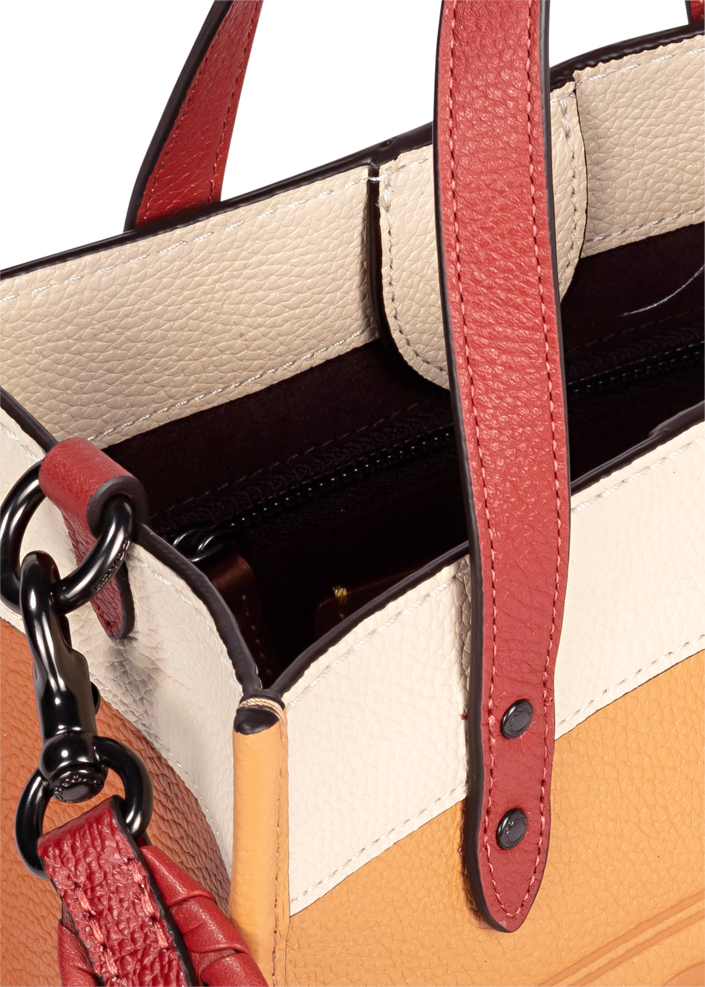 DLlorblock leather whipstitch detail DLach badge field tote image number 3