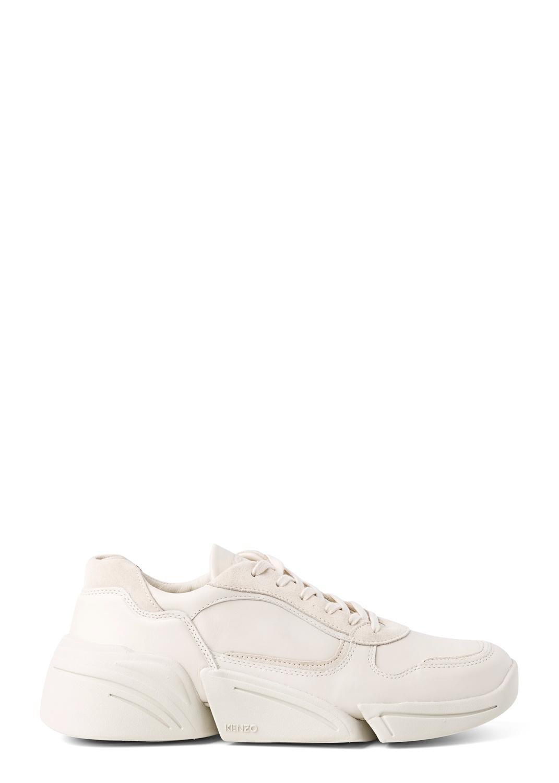 Low top sneaker image number 0