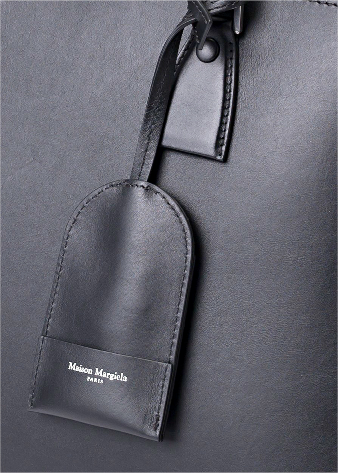 SHOULDER BAG image number 2