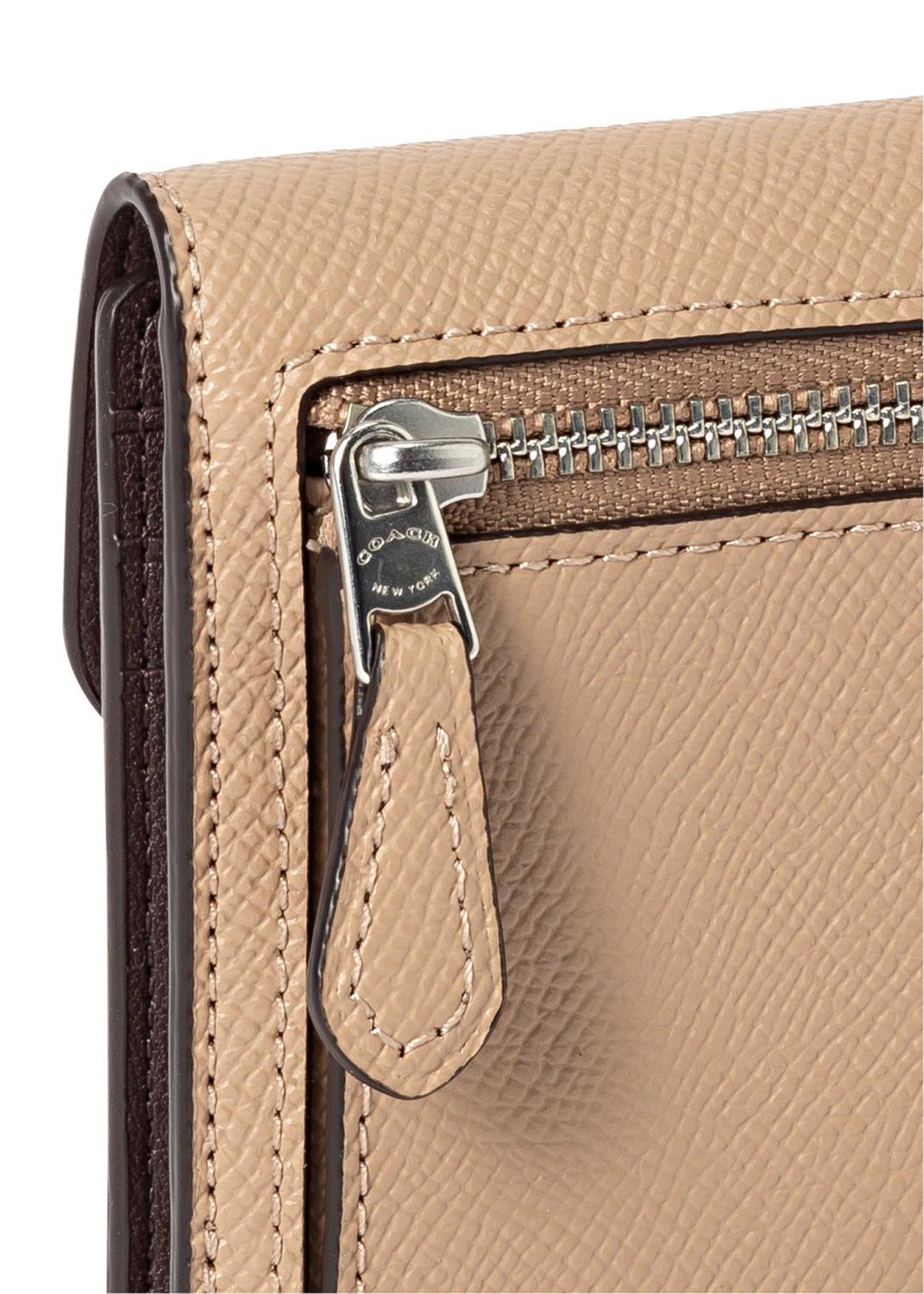 crossgrain leather wyn small wallet image number 2